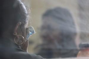 クライシス・センターにて‐支援を求める女性とSNEHAのカウンセラー